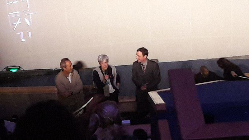 Jean-François Clervoy et Claudie Haigneré répondent aux questions des enfants après la projection. (crédit photo : Morgane G.)