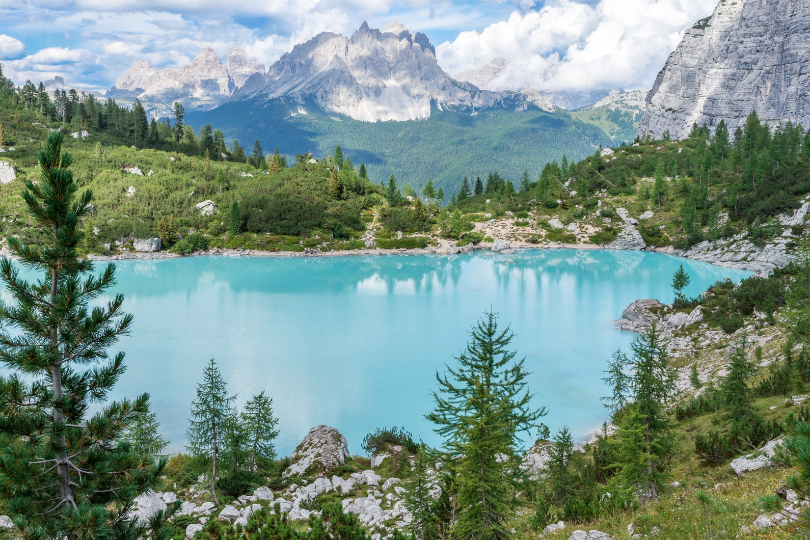 Un joli lac à Veneto, en Italie